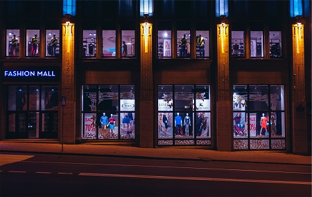 Storefront Window Buying Guide: How to Choose the Right Windows for Your Display