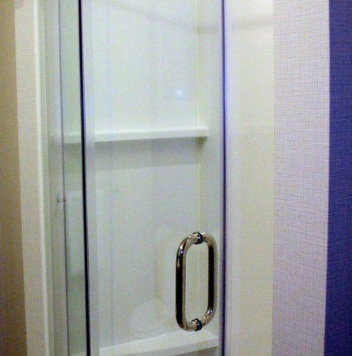Are Glass Shower Doors Dangerous?