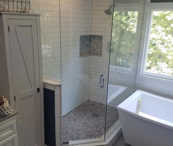How Much Does a New Glass Shower Cost, Anyway?